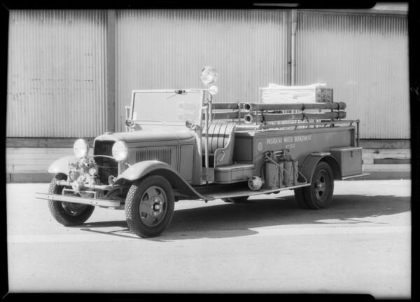 Pasadena Water Department fire truck, equipped, Southern California, 1932
