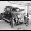 Buick, Seward owner, South Pasadena, car in Burbank, Southern California, 1932