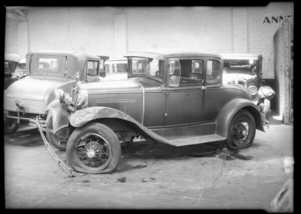 Ford coupe - Iris Ashton, owner and assured vs Mr. Bryan Packard, Southern California, 1934
