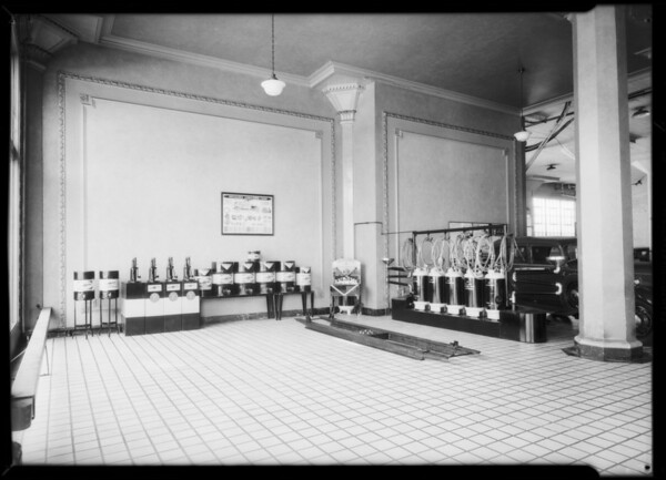 REO lubricating department, Southern California, 1932