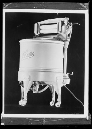 New Thor washer, Southern California, 1932