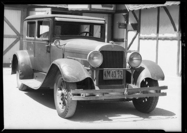 Hudson belonging to Mr. Manny, Southern California, 1932