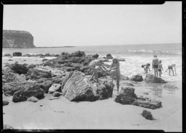 Children on the ranch, Rancho Palos Verdes, CA, 1935