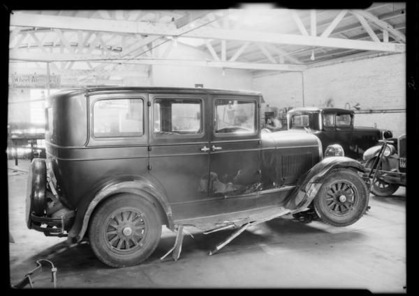 Chrysler, F.E. Beaty, owner, Southern California, 1932