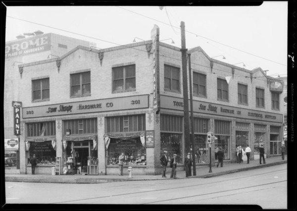 Hardware store, East 3rd Street & South Los Angeles Street, Los Angeles, CA, 1932