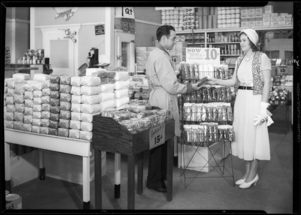 Cellophane displays, Safeway stores, Southern California, 1932