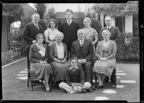 Family groups, Southern California, 1932
