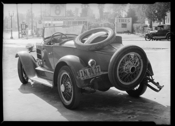 Essex Rolster - Bruce R. Aiken, intersection of Fletcher Drive and North San Fernando Road, Southern California, 1932