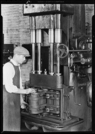 Linen machines for editorial release, Southern California, 1932