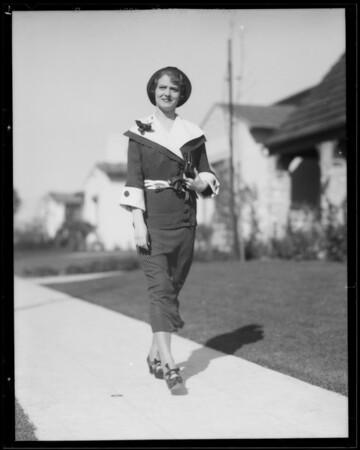 Women walking, Southern California, 1935
