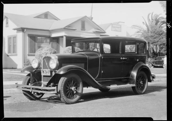 Marmon sedan - Mrs. Hoff, owner, Southern California, 1932