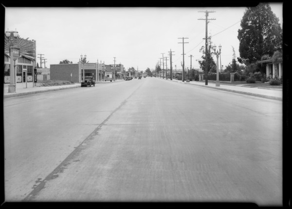 Dodge touring & intersection, West Acacia Avenue and San Fernando Road, Glendale, Inez Chavez, assured, Southern California, 1932