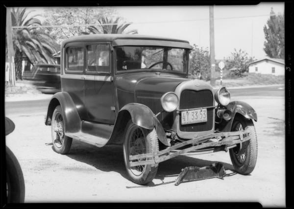 Ford sedan, Mr. Spaw, owner, Clara Street and Atlantic Avenue, Southern California, 1932