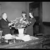 Mayor Shaw, florists publicity, Southern California, 1935
