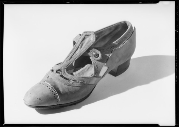 Shoe cut to show lining, Southern California, 1932