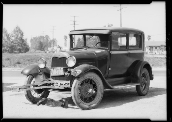 Ford sedan, Mr. Spaw, owner, Clara Street and Atlantic Avenue, Southern California, 1932