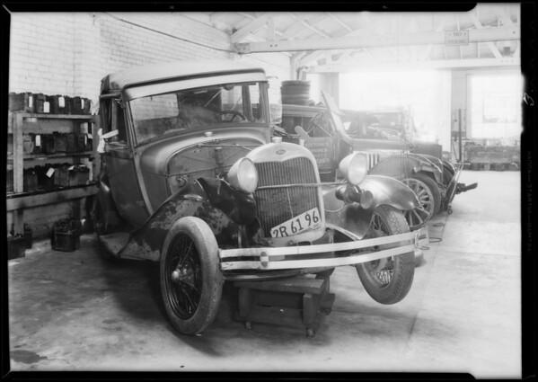 Packard sedan, Ford coach, Intersection South Bundy Drive and Idaho Avenue, Southern California, 1932