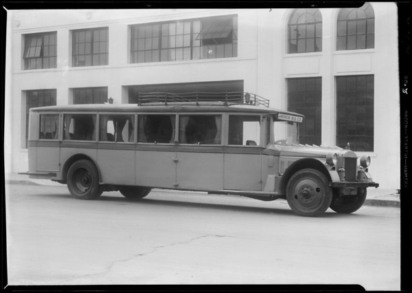 Buses to be sold, Southern California, 1932