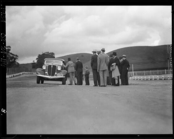 End of Studebaker 60,000 mile run, Los Angeles, CA, 1934