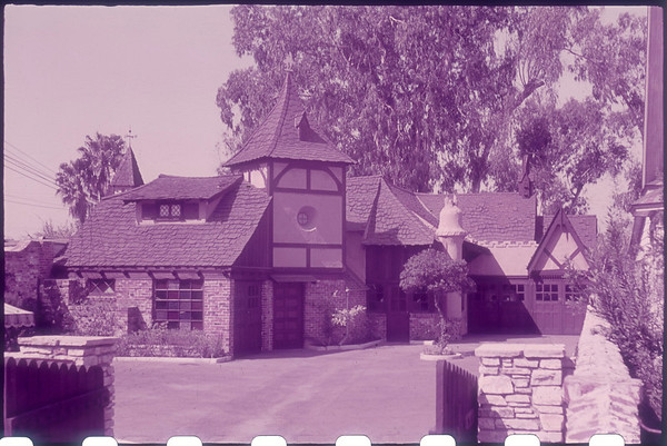 Studio views in Kodachrome, Whittington, Southern California, [s.d.]