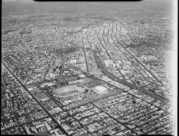 Aerial photographs of Los Angeles Memorial Coliseum, Los Angeles, CA, [s.d.]