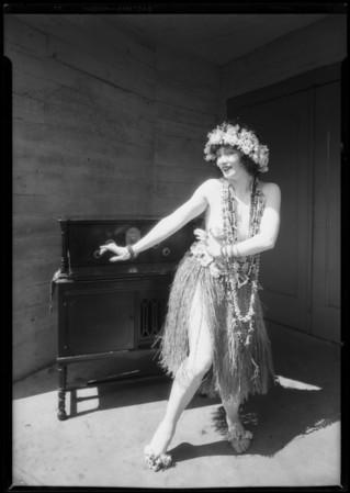 Radio with Gilda Gray, Southern California, 1926