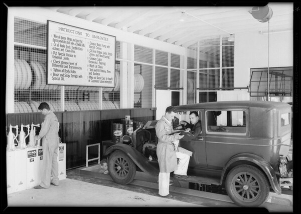 New station at West 2nd Street and South La Brea Avenue, Los Angeles, CA, 1931