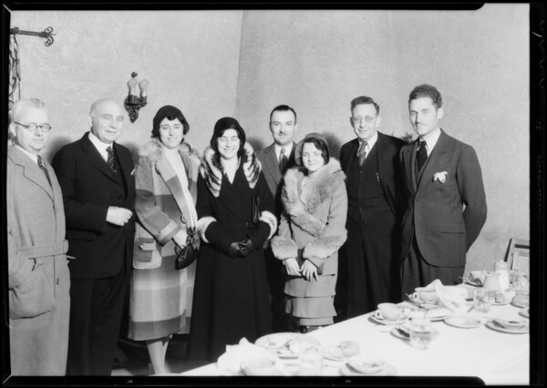 Olga Baclanova and group, Southern California, 1932