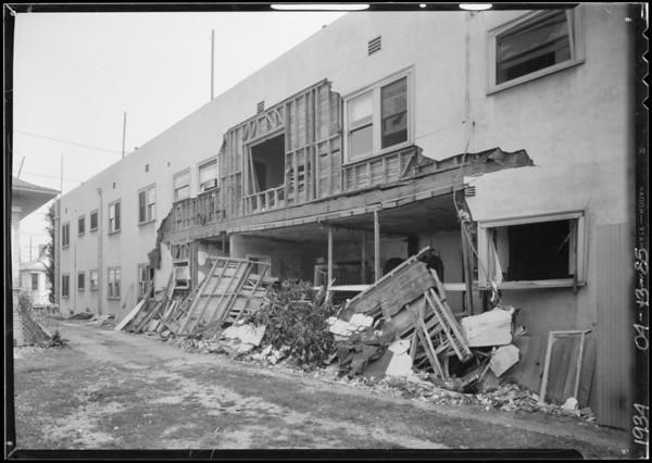 Damage to building at 1421 Valencia Street, Los Angeles, CA, 1934