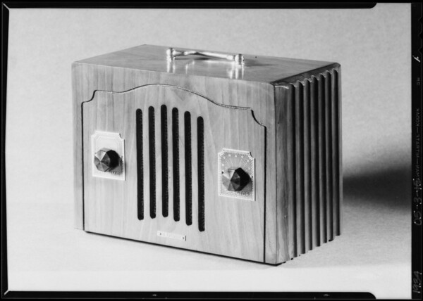 """Studio couch & table model radio """"Royale"""", Southern California, 1934"""