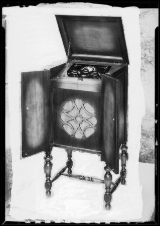 Radio cabinet, Southern California, 1926