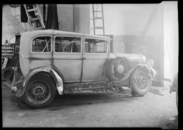 Studebaker sedan, Southern California, 1933