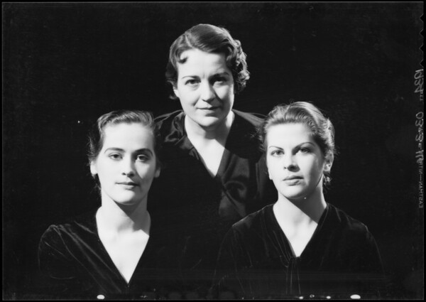 Trio, Miss Margaret Starbuck, Southern California, 1934