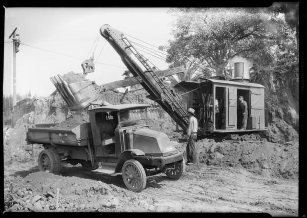 Steam shovel at Hollywood Boulevard & Argyle Avenue, Los Angeles, CA, 1927