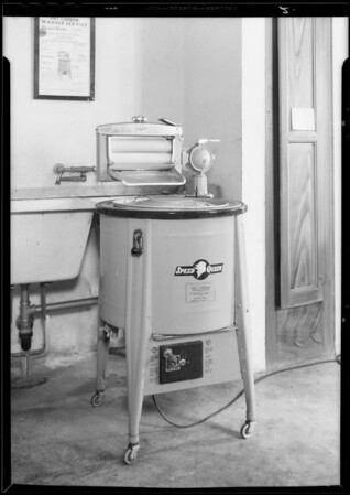 Washing machine, McAllister apartments, Southern California, 1933