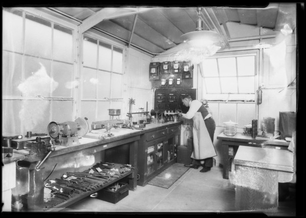 Axelson machine shop, Southern California, 1925
