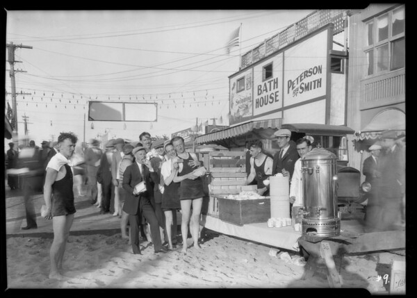 Picnic of Yellow Cab employees, Southern California, 1925