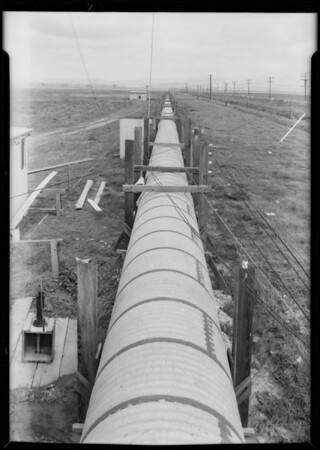 Air mile course and light tunnel at Santa Ana, Southern California, 1932
