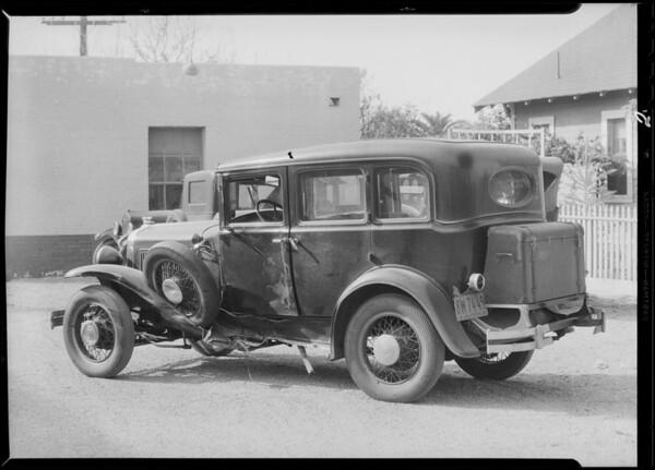 Pontiac sedan - Calvin M. Chrismore, owner, Southern California, 1932