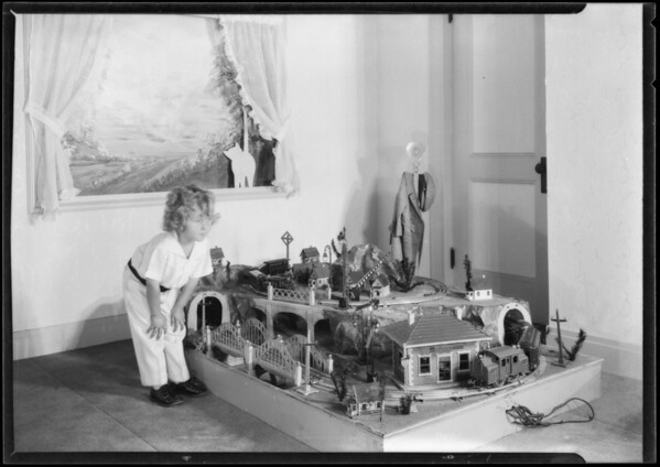 Children with toys, Broadway Department Store, Southern California, 1925
