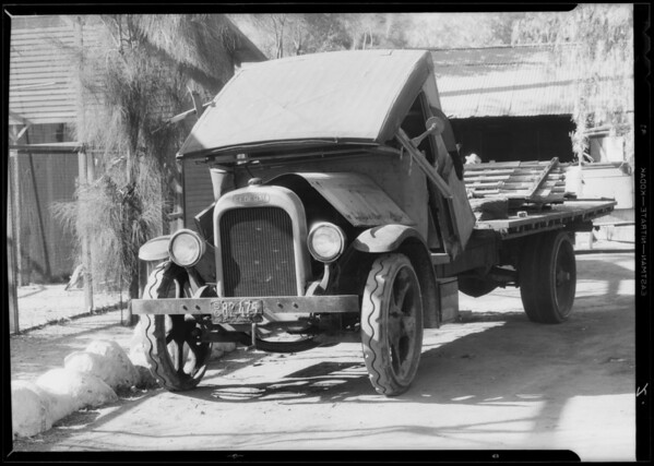 Roger Jessup Dairy Company truck, Southern California, 1933