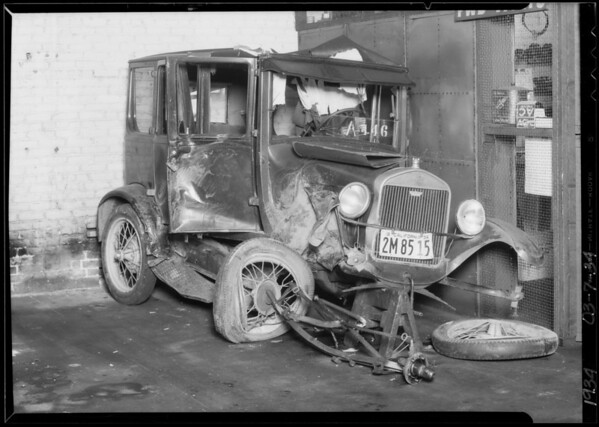 Wrecked Ford, James Ross owner, Southern California, 1934