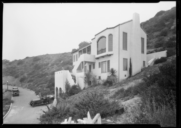 Oliver Morosco's home, Castellammare, Los Angeles, CA, 1928