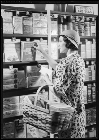 Shopping for packaged foods, Southern California, 1933