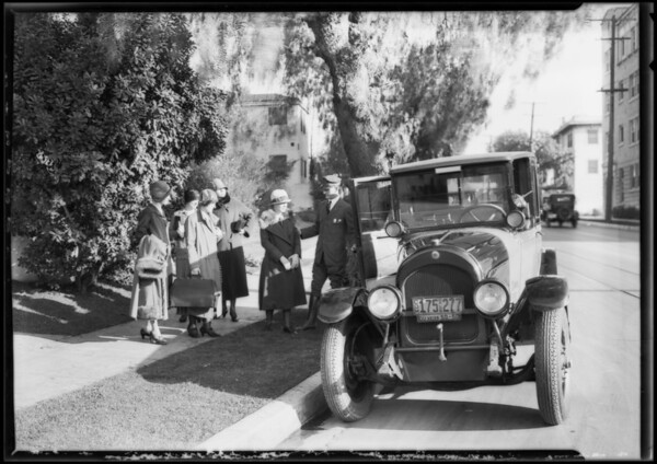 Yellow cab, Southern California, 1925