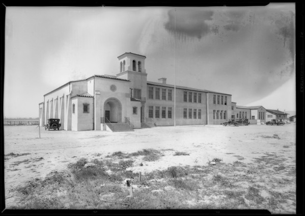 School at Victory Boulevard and Lankershim Boulevard, Los Angeles, CA, 1928