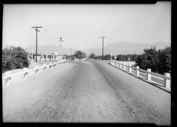 Case of Jacob Groner assured, Intersection of West Foothill Boulevard and North Mountain Avenue, Upland, Southern California, 1934