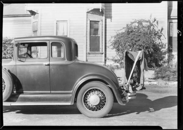 Studebaker with radio on trunk rack, Leigh Borden Inc vs. Walter A. Castello, Southern California, 1932