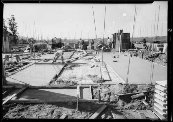 House in Glendale, under construction, Glendale, CA, 1933