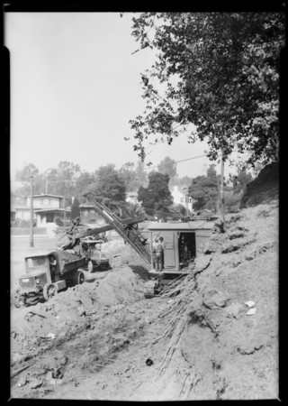 Steam shovel at Hollywood Boulevard & Argyle Avenue, Los Angeles, CA, 1927